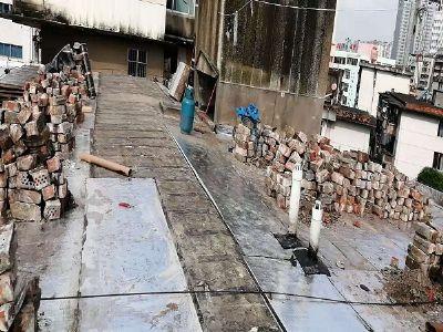 人民路公交车站宿舍楼屋面整体维修